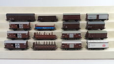 Kleinbahn/Liliput H0 - 327/309/308/254 - 16 goods wagons - including closed goods wagons and stanchion wagons of the ÖBB