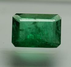 Emerald -green,  5,42ct