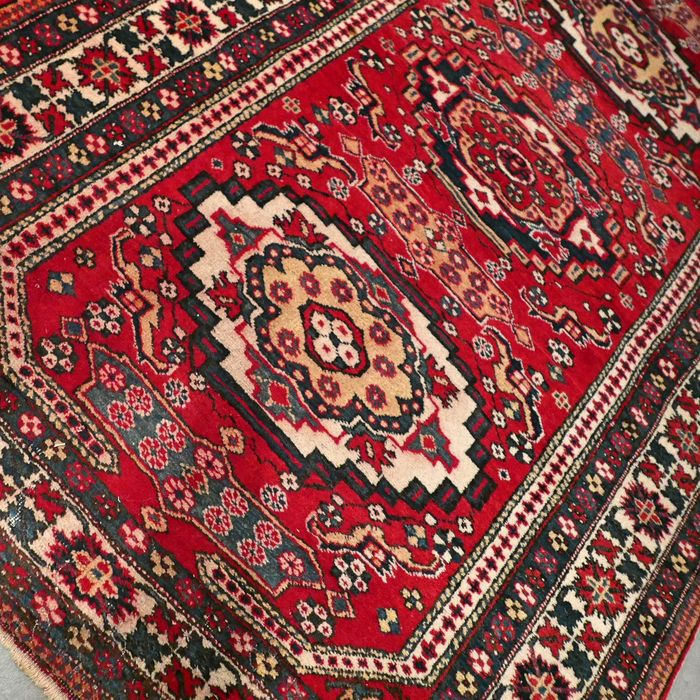 Beautiful semi-antique Kazakh carpet – 163 x 115 – special carpet