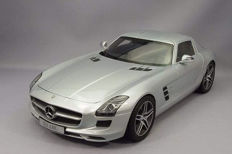 Premium classiXXs - Scale 1/12 - Mercedes-Benz SLS AMG Coupe Gullwing - Silver