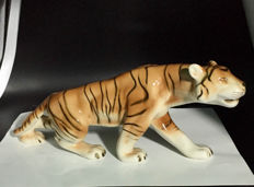 Royal Dux - BENGAL TIGER - Porcelain figurine