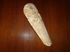 Taino - Greater Antilles - Zemi spatula made of bone -  used for cohoba ceremonies - 16.5 cm
