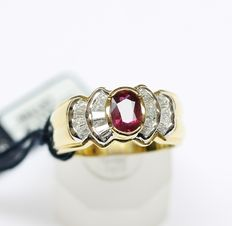 Gold ring with natural diamonds totalling 0.93 ct and 0.48 ct ruby – finger size 13 1/2