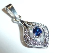 Diamond, sapphire pendant in marquise shape, 14 kt / 585 white gold, 0.03 ct Diamonds and 0.10 ct sapphire