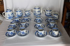 Two coffee service sets for six people in Chinese 'Jingdezhen' porcelain – China – second half of the 20th century