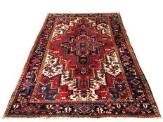 Magnificent Persian rug: Antique Heriz 280 x 200 cm rug, made in Iran around 1940.