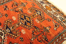 Antique Persian Qashqai - made in Iran in 1930, 1.85 x 1.36, genuine handwoven Oriental collector's carpet copy