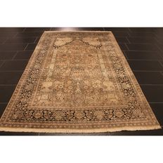 Wonderful handwoven Kashmir silk carpet 240 x 152cm, made in Kashmir Qom silk carpet, genuine natural silk carpet, Tappeto Tapis silk