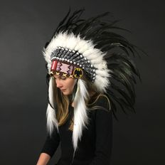 Indian headdress of real rooster feathers and natural materials - 21st century