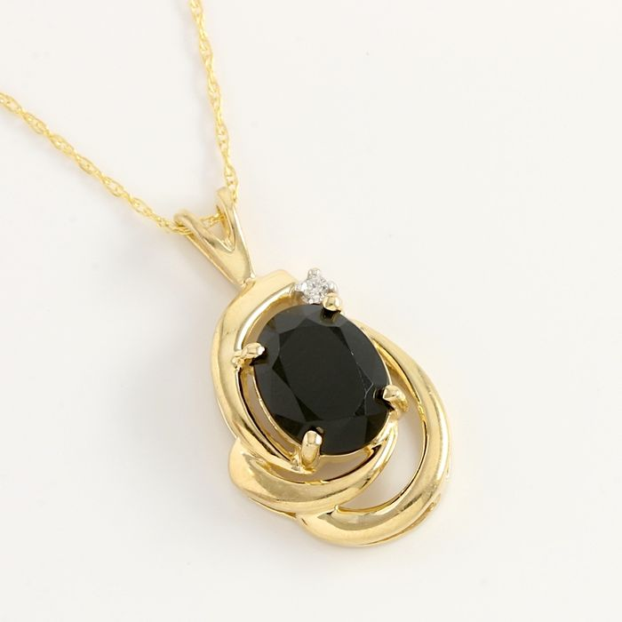 14kt yellow gold pendant necklace 001 ct diamond 7x9 mm black 14kt yellow gold pendant necklace 001 ct diamond 7x9 mm black onyx weight aloadofball Choice Image