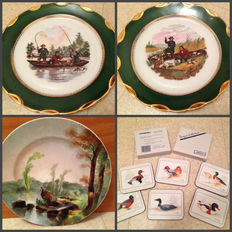 "Lot of plates in old porcelain fine enhanced with a border of gold 24 carats ""hunting and fishing"""