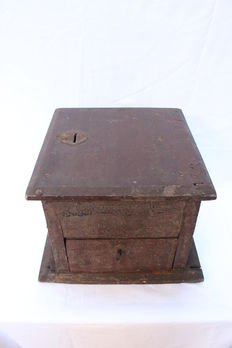 1st half 19th century church wooden savebank - Italy