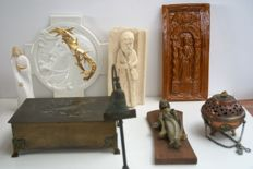 Lot of 8 special devotional objects.