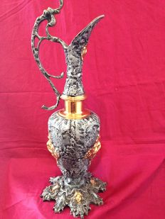 Ancient amphora in solid bronze, Baroque style of the high aristocracy, 1895
