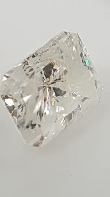 1.62 ct - Radiant - White - F / I1 - No minimum price