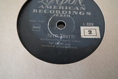 22 78 rpm records, Shellac including the Platters, Pat Boone, all top musicians from that age, 10 inch, fit inside the jukebox
