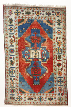 Turkish carpet, Kars Kazakh – 330 x 215 cm.