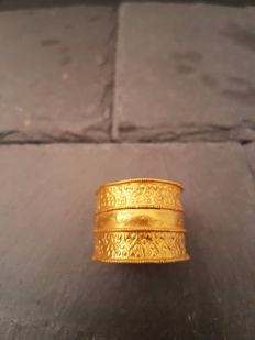 Viking Ring with Stamped Triangles - 20mm overall, 19.02mm internal diameter (approximate size British R and-a-half, USA 9, Europe 19.69, Japan 19)