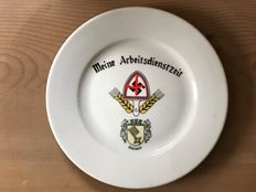 Lot of 5 pieces of German porcelain WW2