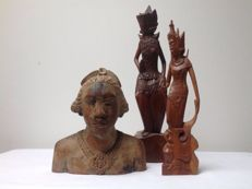 Three wooden sculptures – Bali – Indonesia