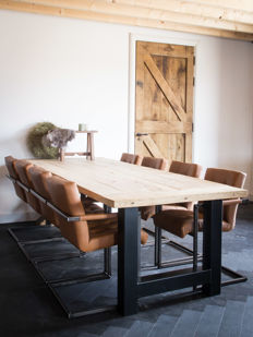Solid oak Terra Antica table, type Lonneker