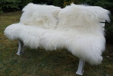 Lot with 2 very large - real - premium - white longhair Icelandic sheepskins/lambskins - new!