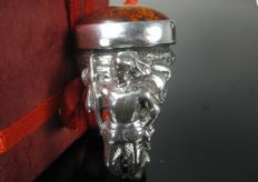'Horseman' ring – Solid silver (800/1000) with amber – 19.4 mm.