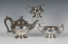 Pairpoint brothers Edwardian three piece silver tea set - English - 1908