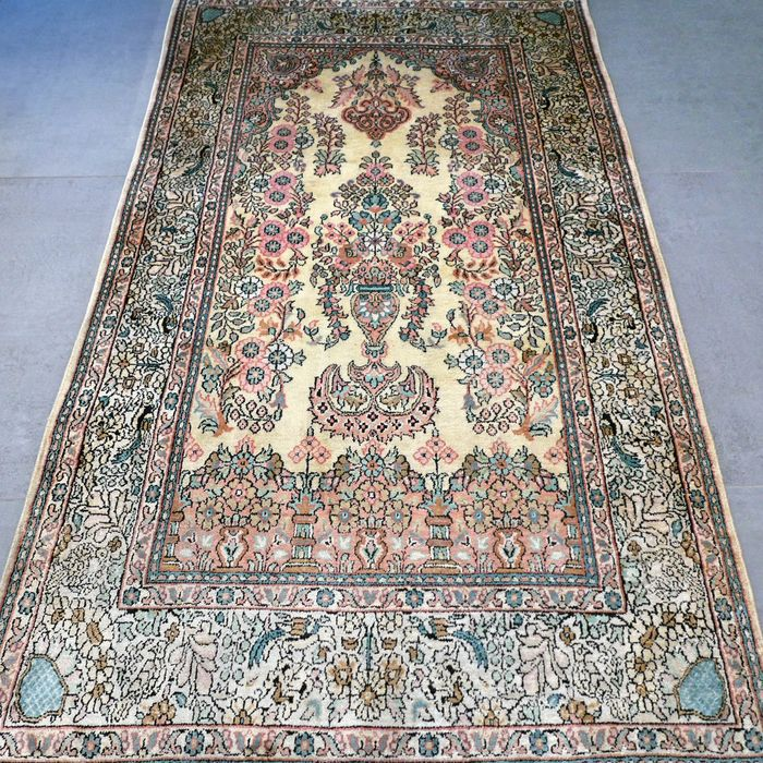Unique light silk Kashmir carpet - 152 x 88 - unique design - Excellent appearance - special opportunity