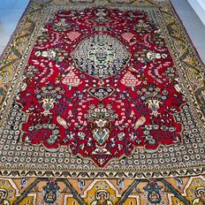 Very special, old Ghom Persian carpet – 203 x 140 – UNIQUE OPPORTUNITY