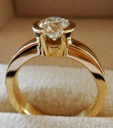 1.00 Carat IGI Certified Round Brilliant Diamond E/IF in New Ring of 18K/750 Yellow Gold - Ring Weight 7,30 Gram  -  Ring Size 17.5/55/7.5