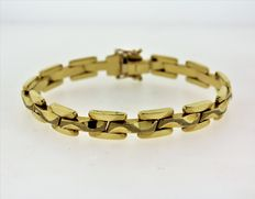 14kt bracelet made in Italy. 7 inches,