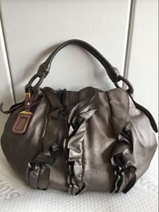 Prada - Tote Bag with leaher luggage tag - **No reserve price**