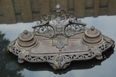 Rare very richly decorated cast iron complete ink set around 1870 manufactured
