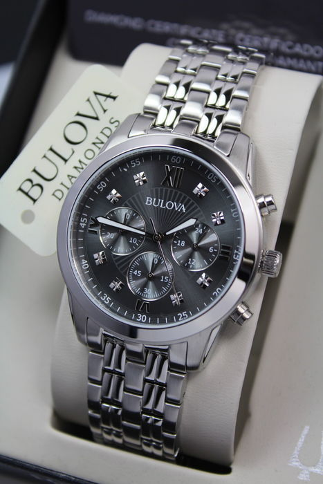 Bulova – Men's Luxury Diamond Chronograph Watch – New & Mint Condition