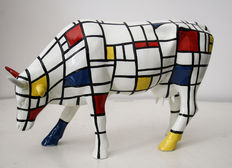Cow Parade, Moondrian (Large), with box and tag