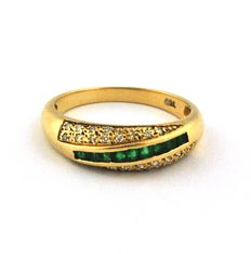 Diamonds (0.20ct) & Square Emeralds (0.40ct) set on 18k Yellow Gold Ring - Size 50 (resizable)