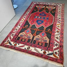 Remarkable Hamadan, Persian rug - 233 x 131 - semi antique - with certificate