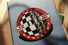 Early Porsche 911 Registry 67 68 69 70 71 72 72 Grill Badge