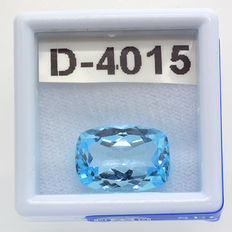 Dark sky blue topaz – 7.90 ct – No reserve