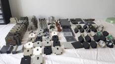 Assorted - 108 pcs castle parts
