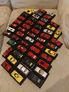 Ferrari models - 1/43 scale - Lot with 51 Ferrari models