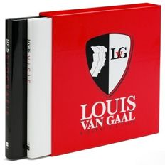 Louis van Gaal - original signed luxury cassette with biography and vision + COA