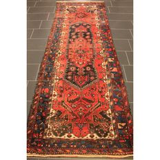 Semi-antique Persian carpet, Hamadan, 330 x 120 cm, made in Iran circa 1950, best highland wool