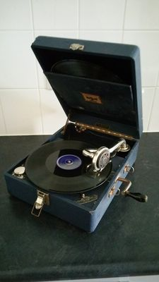 Suitcase gramophone, brand Polydor, the Netherlands