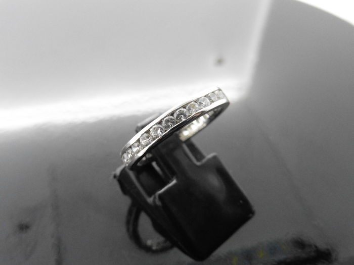 Platinum  Diamond Full Band Ring - 1ct - size M