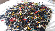 Assorted - more than 19 kg Lego Technic