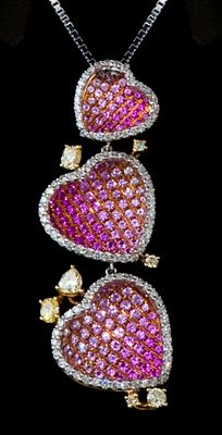 CGL CERTIFIED unique handmade 18 kt yellow/white/red gold pendant set with 0.93 ct top quality white diamonds, 0.69ct lemon green diamonds and 2.31 ct pink sapphires
