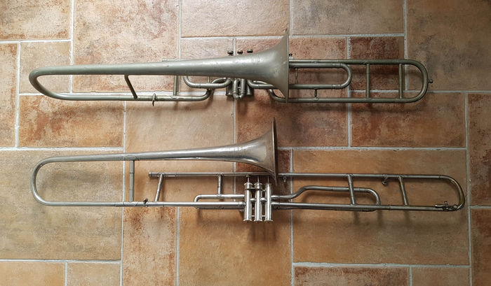 LOT: 2 x trombone for parts or decoration - Catawiki