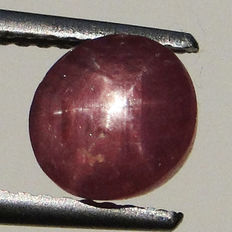 Pink star sapphire – 2.49 ct – No reserve